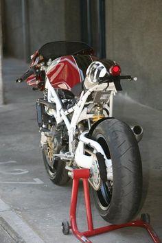 "Racing Cafè: Ducati ST2 ""Morcuera Racer"" by Radical Ducati - Racing Cafe"