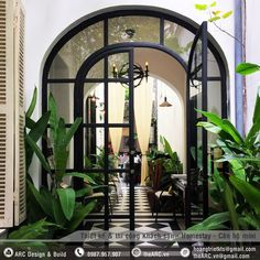 CocosCollections: La badiane french restaurant in Hanoi Restaurant Door, Decoration Restaurant, Restaurant Design, British Colonial Decor, French Colonial, Architecture Restaurant, Interior Architecture, Home Interior, Interior And Exterior