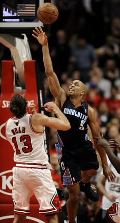 Charlotte Bobcats' Gerald Henderson (9), goes up for a shot against Chicago Bulls' Joakim Noah (13), during the fourth quarter of an NBA basketball game in Chicago, Monday, Nov. 18, 2013. Chicago won 86-81. (AP Photo/Paul Beaty)