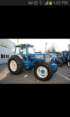 Very nice example. New Holland Ford, New Holland Tractor, Classic Tractor, Monster Trucks, Childhood, Muscle, Number, Nice, Tractors