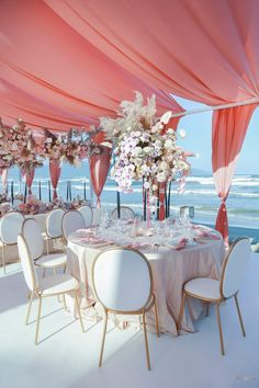 best dream wedding planner in america has looked better 7 Wedding Goals, Wedding Themes, Wedding Designs, Wedding Colors, Wedding Events, Wedding Flowers, Luxury Wedding, Dream Wedding, Wedding Day