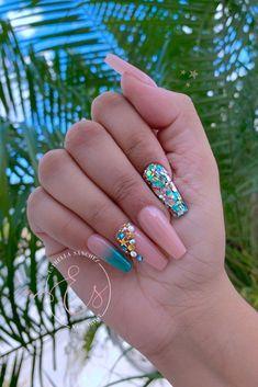Turquoise acrylic nails image by amber szabo on nails in 2020 Aycrlic Nails, Bling Nails, Gold Nails, Swag Nails, Matte Nails, Glitter Nails, Turquoise Acrylic Nails, Best Acrylic Nails, Square Acrylic Nails