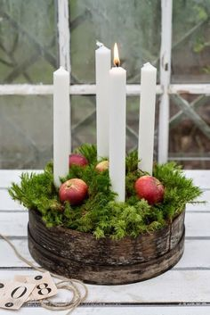 Use tall, slender candles & explore your local antique stores to create your Advent wreath. Advent Candles, Christmas Candles, Noel Christmas, Green Christmas, Country Christmas, Winter Christmas, Christmas Wreaths, Advent Wreaths, Christmas Ideas