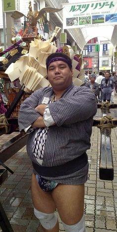 Plumbers Crack, Chubby Men, Bear Men, Fat Man, Character Design, Ruffle Blouse, Japanese, Athletic, Women