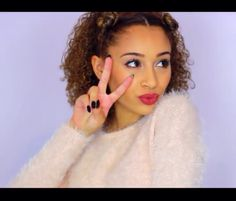 Love this hairstyle for curly hair! Check out luhhsettyxo on YouTube!