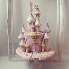 Fairy Castle Cake, Castle Birthday Cakes, Birthday Cake Girls, Princess Castle Cakes, Princess Theme Birthday, Disney Cakes, Disney Themed Cakes, Horse Cake, Book Cakes