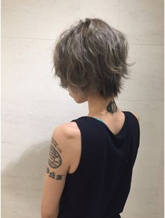 Short Haircut Styles, Cool Short Hairstyles, Pretty Hairstyles, Medium Hair Cuts, Short Hair Cuts, Cut My Hair, New Hair, Short Hair Hacks, Shot Hair Styles