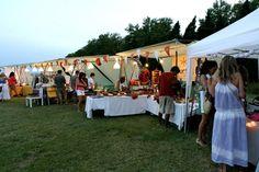#Kurtik en el stand de #EtsyBCN White Summer Market & Party Mas Gelabert 1726 Platja de Pals (Costa Brava, Girona) del 3 al 10 de agosto de 19:00 to 02:00 www.wsmp.es/es