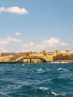 Photos of Malta: Visual Diary of My Trip to Malta - A Finn On The Loose Capital Of Malta, The Best Bet, Amazing Sunsets, Visual Diary, Group Travel, Photo Diary, Travel Articles, Blue Lagoon, Tower Bridge