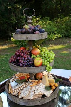Fruit, Cheese & Cracker Appetizer Arrangement Wine Cheese, Wine And Cheese Party, Cheese Fruit, Wine Tasting Party, Wine Parties, Cheese Tray Display, Cheese Trays, Cheese And Cracker Tray, Charcuterie Wedding