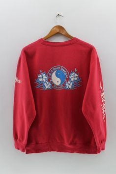 9e8751839135 T   C SURF DESIGNS Hawaii Sweatshirt Unisex Medium Big Logo Behind  Streetwear Red Colour Jumper Pullover Unisex Size M