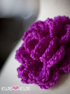 Pretty Corsage FREE Crochet Flower Pattern