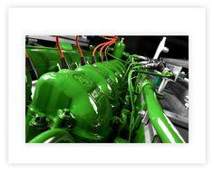 Professionelle Fotografie, Produktfotografie, Industriefotografie und Bildbearbeitung vom Blockheizkraftwerk bei 2G Energietechnik in Heek.