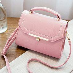 Bolsas Prada em saks fifth avenue Handbags For Men, Popular Handbags, Cute Handbags, Cheap Handbags, Chanel Handbags, Purses And Handbags, Luxury Handbags, Celine Handbags, Luxury Purses