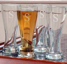 Personalized Pilsner Beer Glasses #theweddingoutlet