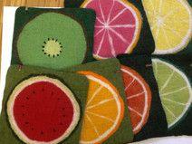 Sitzkissen Filz *Eckiges Obst* Wool Art, Watermelon, Etsy, Fruit, Knitting, Felting, House, Ideas, Objects