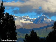 Travel Ecuador: Your options for getting around the country Ecuador, Quito, Mount Everest, The Good Place, Mountains, Country, Places, Travel, Life