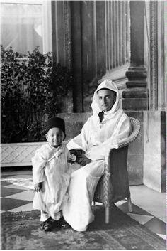 Feu Mohammed 5 et Feu Hassan . Le Roi Hassan 2, Lalla Salma, Royal Families Of Europe, North Africa, My King, Casablanca, Morocco, Egypt, Nostalgia