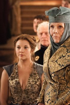 Natalie Dormer as Margaery Tyrell and Diana Rigg as Lady Olenna Tyrell in Game of Thrones (TV Series, 2013).