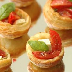 Mini Pesto Tarts are the ultimate snack for a get-together with friends and family. Try our Basil Pesto for this full-flavoured snack.