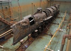 Conservators plan to remove the sand and shell concretions that cover the hull of the Civil War submarine H.L. Hunley. http://archaeology.org/news/2080-140502-hunley-submarine-conservation