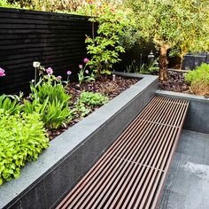 Contemporary Garden Ascot