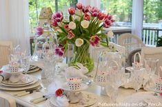 Easter Spring Table Setting with Tulip Centerpiece | Pinterest ...