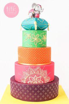 Hochzeitstorte (Thailand - Thailand) ^^ - Sommerfest - N ° . Beautiful Cake Designs, Beautiful Cakes, Amazing Cakes, Wedding Cake Red, Indian Wedding Cakes, Indian Weddings, Big Cakes, Fancy Cakes, Bollywood Cake