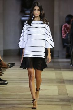 Carolina Herrera Spring 2016 Ready-to-Wear Fashion Show - Blanca Padilla
