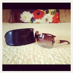 Authentic GUCCI Tortoise Shell Sunglasses. These are gorgeous, authentic GUCCI sunglasses that have only been worn a few times. They are in beautiful condition, and very flattering! Gucci Accessories Sunglasses