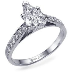 1 carat Pear Shape Diamond Ring with Side Stones