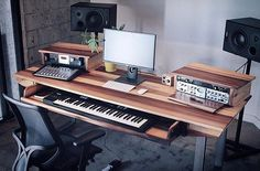 Setup of Gregg Lehrman, founder of @output with desk crafted by @monkwood_ ⠀⠀ ⠀⠀⠀⠀⠀ #musicstudio #musicproduction #studioporn #studiosetup #recordingstudio #music #homestudio #homerecording #studiolife #studiolifestyle #musicproducer #musicproducerlife #musicproductionlife #daw