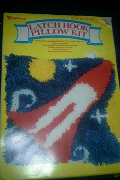 VINTAGE LATCH HOOK PILLOW KIT RUG PILLOW. ROCKET SPACE. Style  #4252. Unused