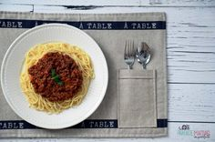 La meilleure sauce à spaghetti de la galaxie Best Spaghetti Sauce, Homemade Spaghetti Sauce, Weight Watchers Soup, Healthy Diet Recipes, Healthy Food, Cabbage Soup, Chicken Salad Recipes, Mets, Canning Recipes