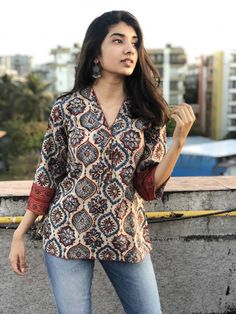 Products – Page 4 – THE INDIAN ETHNIC CO. Short Kurti Designs, Simple Kurti Designs, Kurti Neck Designs, Kurta Designs Women, Kurti Designs Party Wear, Blouse Designs, Casual Indian Fashion, Indian Fashion Dresses, Girls Fashion Clothes