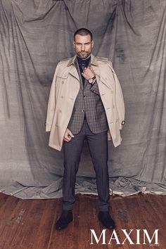 Rafael Amaya con un porte lleno de garbo que ofrece este traje de #ZZegna. Foto para #MaximMX. #HighLife