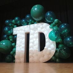 Stage prop balloons for TD Bank's charity event, balloon letters, organic balloons, organic balloon garlands Love Balloon, Balloon Wall, Balloon Arch, Balloon Garland, Balloon Decorations Party, Stage Decorations, Birthday Party Decorations, Number Balloons, Letter Balloons