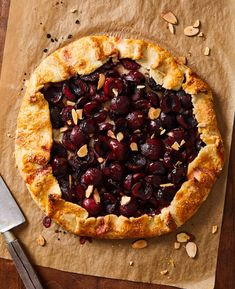 Cherry Desserts, Cherry Recipes, Coconut Recipes, Fun Desserts, Dessert Recipes, Frozen Cherries, Sweet Cherries, Crostata Recipe, Desert Recipes