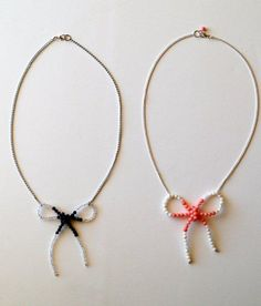 Anthro Trimmed Necklace Knockoff -Flamingo Toes.  http://www.flamingotoes.com/2010/11/anthro-trimmed-necklace-knockoff/