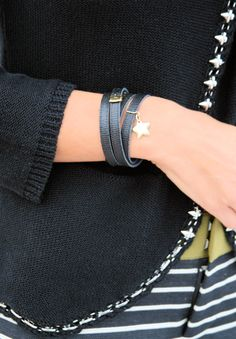 The black reversible leather bracelet by Lilou complements every daily outfit of yours! #lilou #bracelet #black #leather #outfit