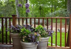 33 Small Balcony Designs and Beautiful Ideas for Decorating Outdoor Seating Areas Small balcony designs can provide charming outdoor seating areas and beautify apartments by extending rooms and increasing flat sizes Outdoor Balcony, Outdoor Rooms, Outdoor Gardens, Outdoor Living, Small Balcony Design, Patio Design, Outdoor Seating Areas, Garden Seating, Small Water Fountain