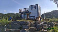 전원주택 건축시 20가지는 챙겨보고 시작하자 - ★부동산관련서식/자료 - 토지사랑모임카페 Cabin, Mansions, House Styles, Home Decor, Decoration Home, Room Decor, Fancy Houses, Cottage, Mansion