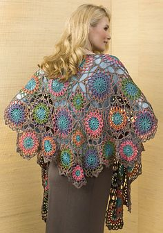 Gorgeous Tesoro Shawl: free pattern