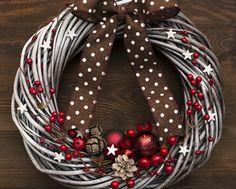 Wianek świąteczny (proj. Botanika), do kupienia w DecoBazaar.com