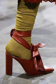 Ladies//Da Donna Nuovo Brillantini Scarpe da ginnastica Calze con perline Pearl Style intorno alla caviglia