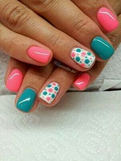 Nail art is a very popular trend these days and every woman you meet seems to have beautiful nails. It used to be that women would just go get a manicure or pedicure to get their nails trimmed and shaped with just a few coats of plain nail polish. Fancy Nails, Diy Nails, Cute Nails, Teal Nails, Turquoise Toe Nails, Teal Nail Art, Cheetah Nails, Dot Nail Art, Cute Summer Nail Designs