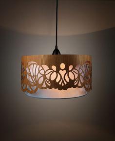 Hängelampe mit Lampenschirm aus Holz, Blumenmuster / lamp with wooden lamp shade by min-jon via DaWanda.com