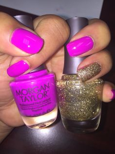 Today's mani using Morgan Taylor polishes in shock therapy and glitter & gold