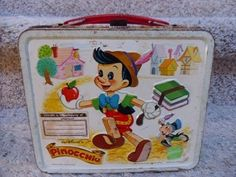 If you had to choose one, and ONLY one favorite lunch box, which one would it be? Retro Lunch Boxes, Lunch Box Thermos, Cool Lunch Boxes, Metal Lunch Box, Vintage Tins, Vintage Stuff, Vintage Metal, School Lunch Box, Whats For Lunch