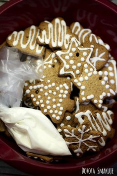 lukier_krolewski Food And Drink, Cookies, Desserts, Recipes, Crack Crackers, Tailgate Desserts, Deserts, Cookie Recipes, Postres